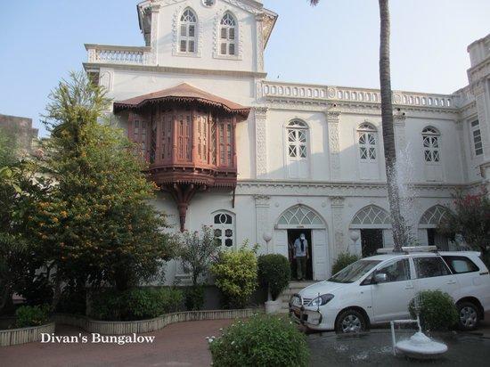 The entrance to Divan's Bungalow