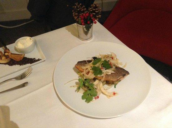 Andaz London Liverpool Street: Room service menu is pretty good