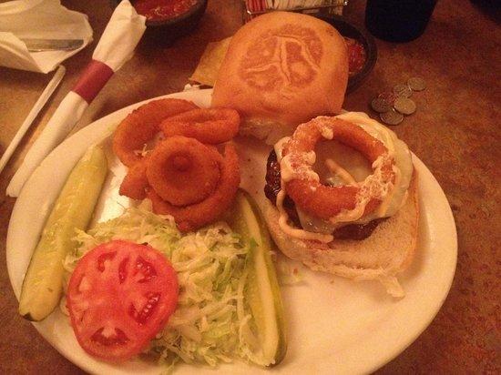 Los Rancheros: Rancheros Burger.