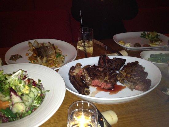 Steer Bar & Grill: Steak dish & salads