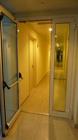Hotel Adria: Corridoio terzo piano