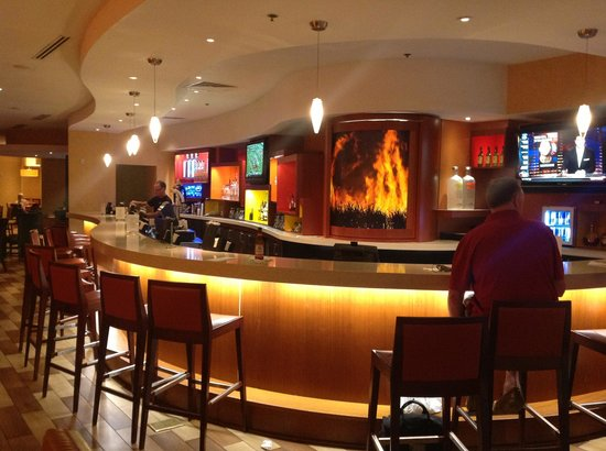 Miami Airport Marriott: Cane Fire Grill
