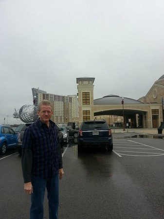 WinStar World Casino Hotel: outside entrance