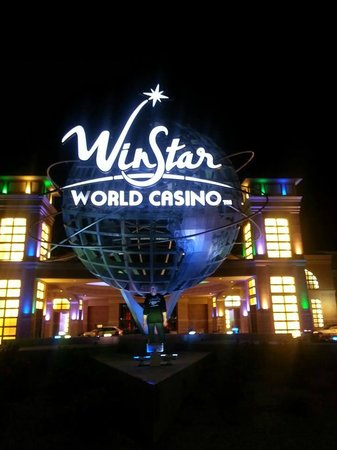WinStar World Casino Hotel: outside
