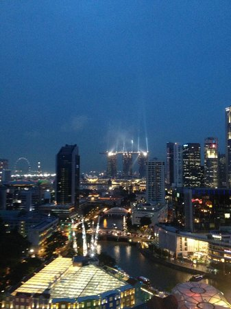 Novotel Singapore Clarke Quay: Quay side room view