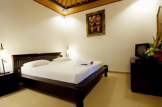Kusnadi Hotel : Deluxe Room