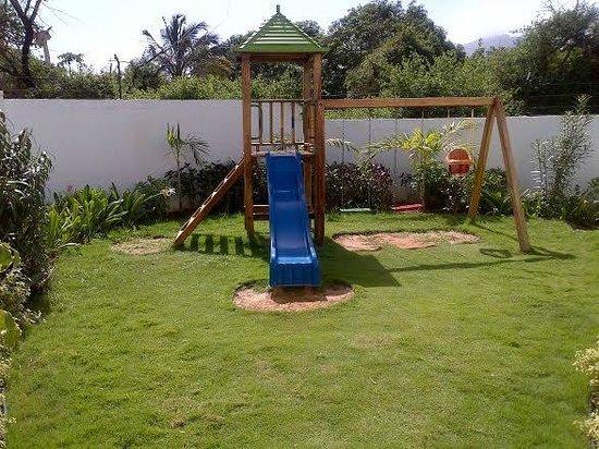 LD Palm Beach: Vista del parque infantil