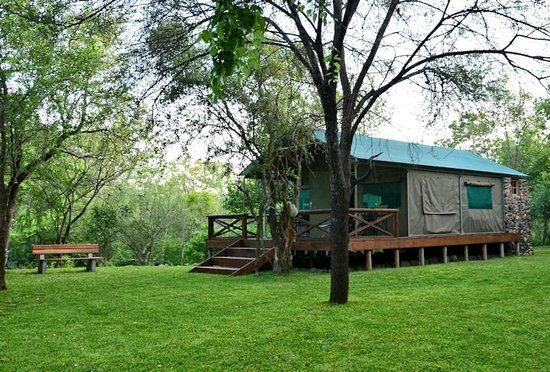 Mulati Safari Camp: Tent