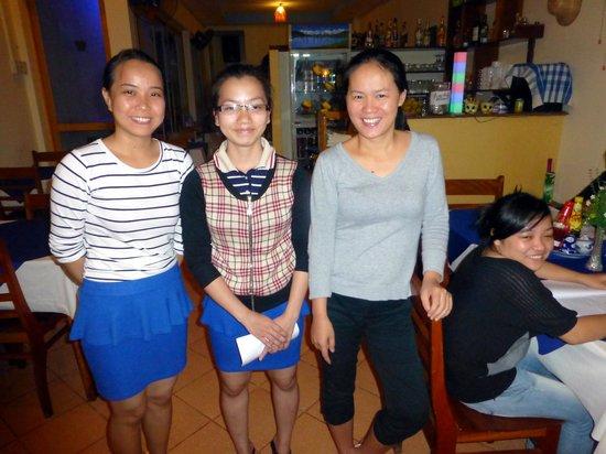 L'aubergine Restaurant : interior and staff