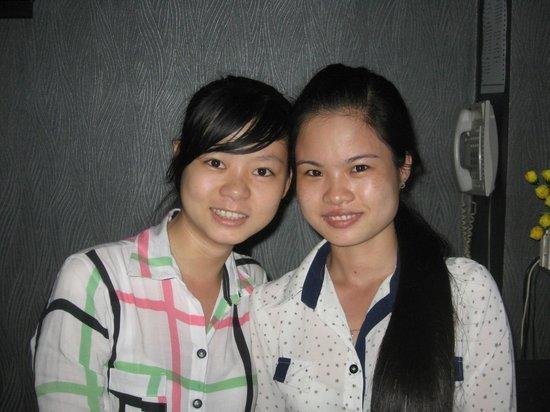Nam Mon Hotel: Hoa and Phuong Ly