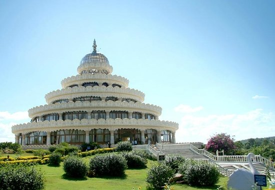 Art of Living International Center [Vishalakshi Mantap]: Incredible architecture in India