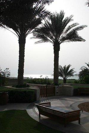 The St. Regis Saadiyat Island Resort: infinity view