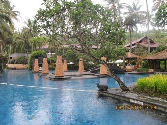 Sheraton Senggigi Beach Resort : sheraton's pool