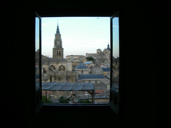 Sercotel Alfonso VI: Amanecer en Toledo, Catedral