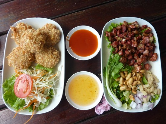 Chao Phraya River : Thai Food