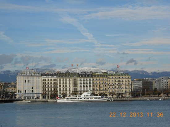 NH Geneva City: View from lake