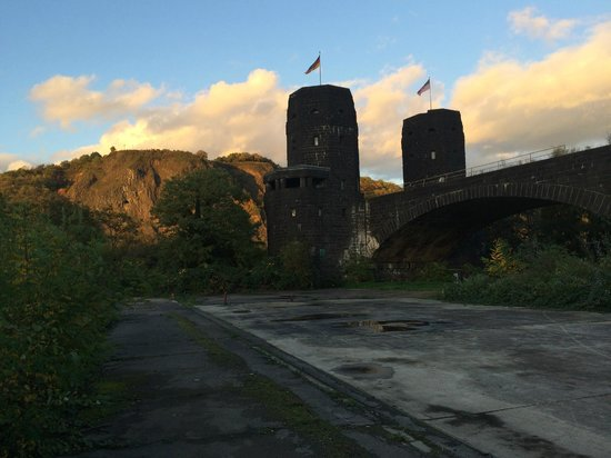 Peace Museum - Bridge at Remagen: Two flags fly here today