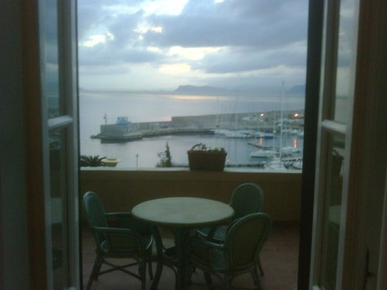 Grand Hotel Villa Igiea - MGallery by Sofitel: room and balcony view