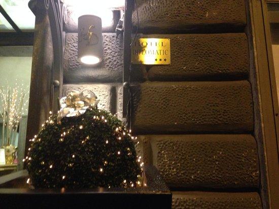 Hotel Diplomatic: Ingresso