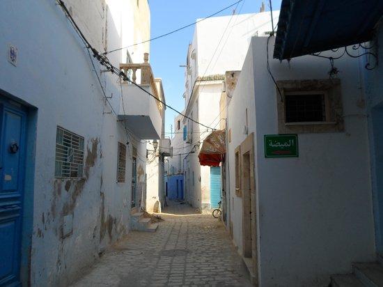Medina of Sousse : narrow streets