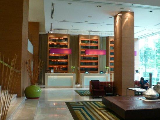 Courtyard by Marriott Bangkok : Lobby