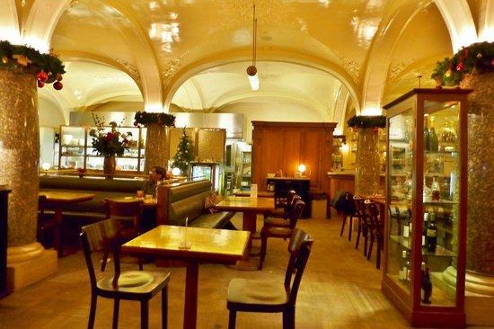 Brasserie Gustav: Innenraum