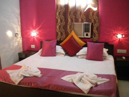 Fun Holidays Goa: Room