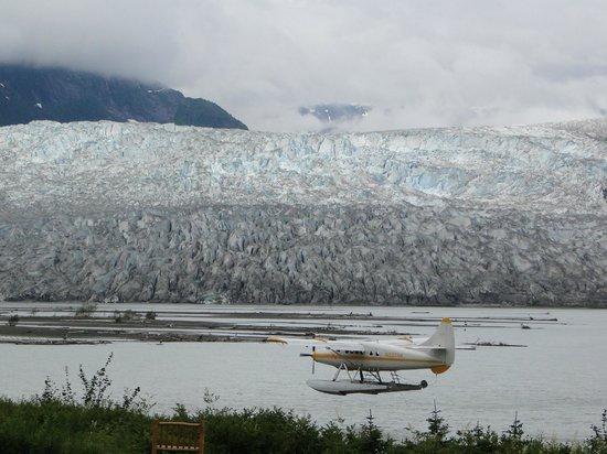 Taku Glacier Lodge & Wings Airways : Visa da Taku Glacier a partir do lodge