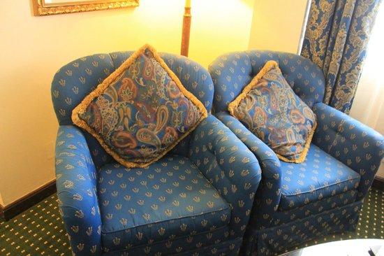 Subic Bay Venezia Hotel: Chairs