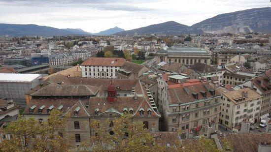 Kathedrale St-Pierre: Вид на Женеву и горы