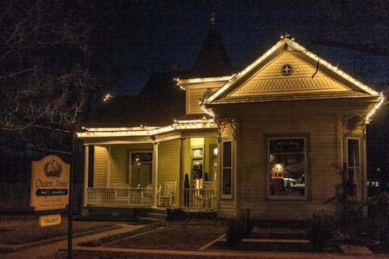 Queen Anne B&B and Spa: Christmas time