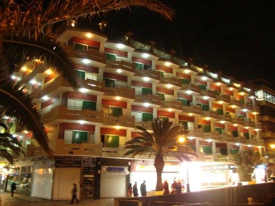 Hotel San Telmo: san telmo...por la noche 2013