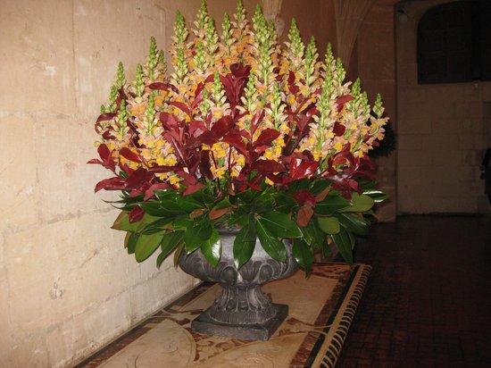 Château de Chenonceau : Букет из живых цветов в залах замка