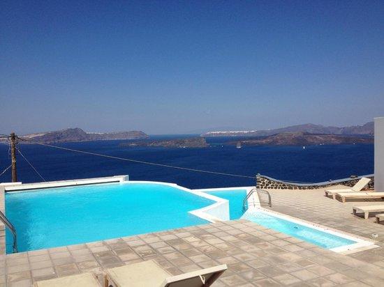 Apanemo: The pools