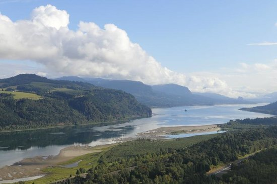 Columbia River Gorge National Scenic Area: Columbia River Gorge