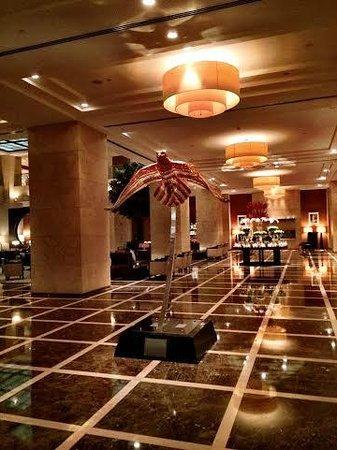 Grosvenor House Dubai : Grosvenor House Tower 1 Lobby