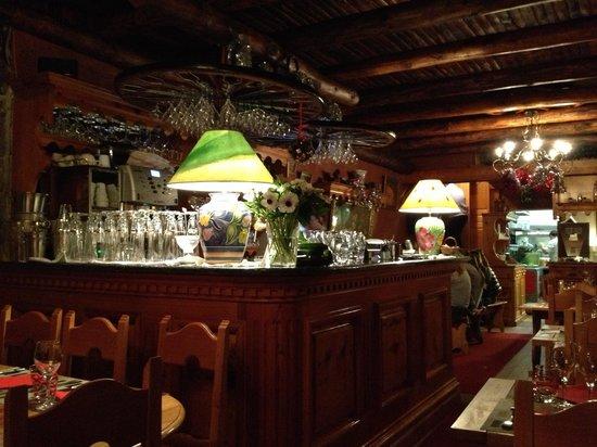 Chez Nano : Nice decoration compensates the not very friendly service