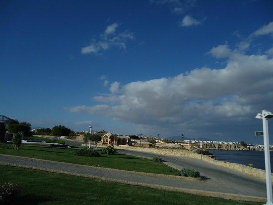 Dreams Beach Resort: Сказочная территория отеля !