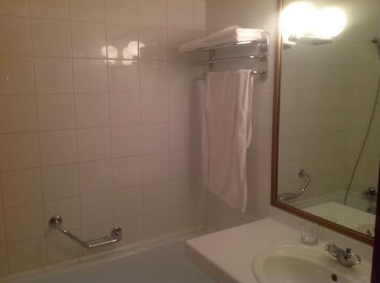Hotel Cosmos : ванная комната