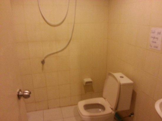 K House 2: bagno