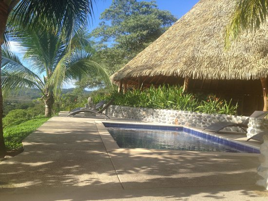 Costa Rica Yoga Spa: Chill spot by the pool