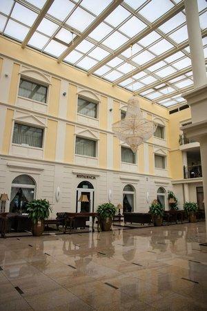 Faltom Hotel & Spa: Hotel Faltom