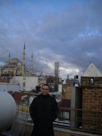 Emine Sultan Hotel & Suites: The roof area