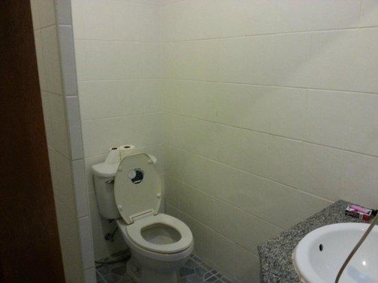 P.S. Hotel: bagno
