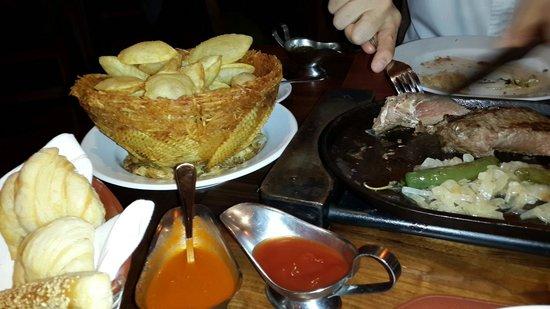 Cambalache: Souffle potatoes