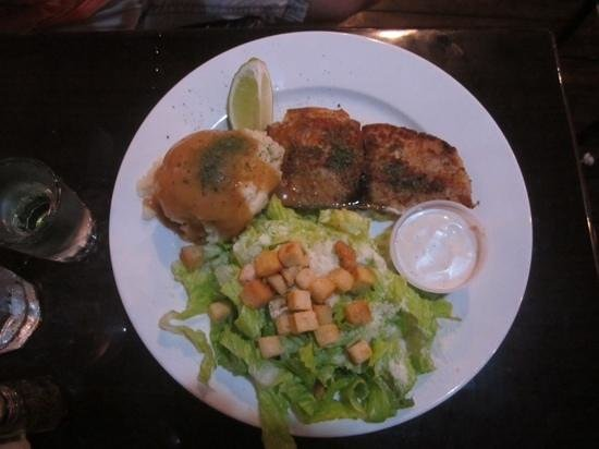 Molly Malone's-Irish Pub & Eatery : Grouper
