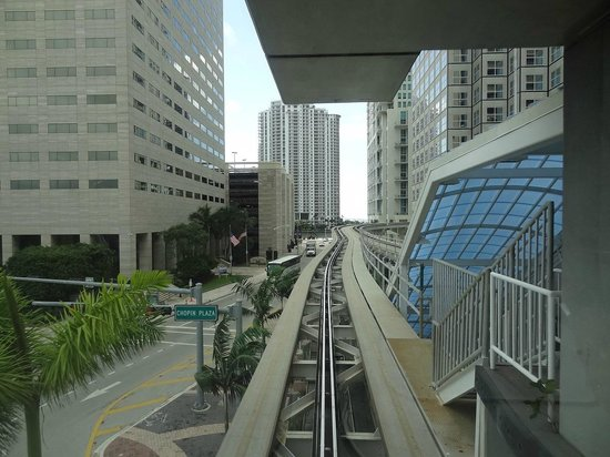 Metromover: eco-friendly solution