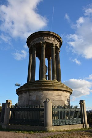 Apex Waterloo Place Hotel: Calton Hill park nearby Apex Waterloo