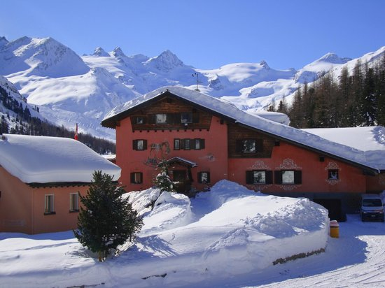 Hotel Roseg Gletscher: Winterzauber im Rosegtal