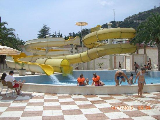 Mediteran Hotel & Resort: Горки в аквапарке